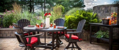 4 Tips on Protecting Patio Umbrellas to Keep Them Looking New